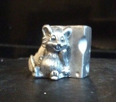 Fine Pewter Fat Mouse Collectible Figurine  Leaning Swiss Cheese Stamped TC