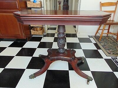 Early 1800's Federal style mohogany flip top card table Duncan Phyfe gorgeous!