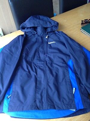 Boys mountain warehouse winter coat with removable fleece. Age 11-12 navy outer