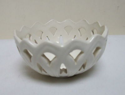Leedsware Creamware Cream Ware Reticulated Relief Bowl Dish 3.5""