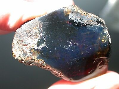 Deep BLUE Amber Gemstone TOP Quality and Very RARE from West Papua 19 g