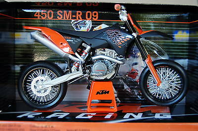 KTM  450 SM-R  2009   1/12th  MODEL  MOTORCYCLE
