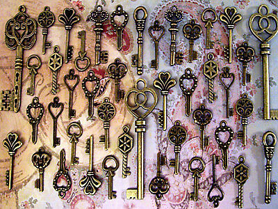 41 Skeleton Steampunk Keys New Antique Vintage Bulk Jewelry Charms Wedding Lot C