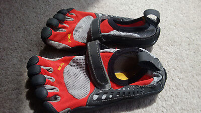 Vibram Kids Speed shoes barefoot minimal size 32