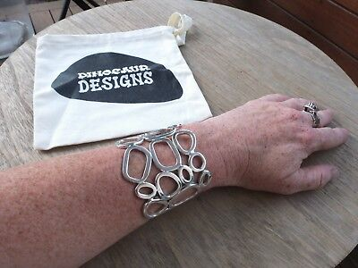 Dinosaur Designs Sterling silver heavy Bangle signed DD 925 with bag
