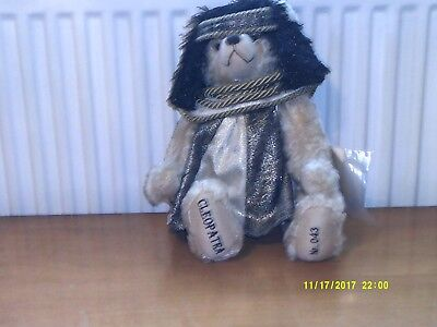 hermann bears - Cleopatra Number 43 out of 500