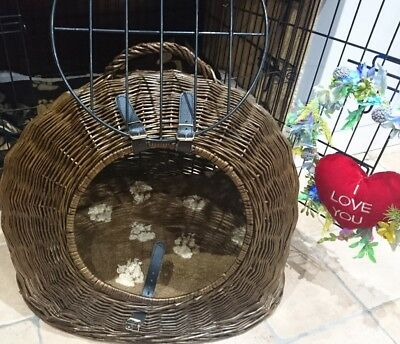 large wicker cat basket or small dog /puppy