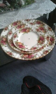 old country roses royal albert etagere