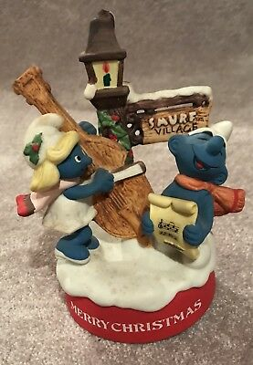 1982 Wallace Berrie Smurf Merry Christmas Porcelain Music Box