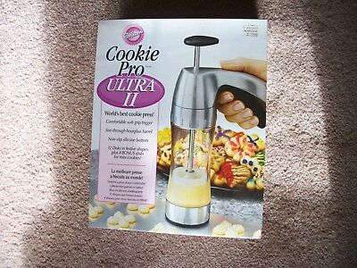 WILTON COOKIE PRO ULTRA II COOKIE PRESS-16 DISCS-INSTRUCTIONS-COMPLETE in BOX