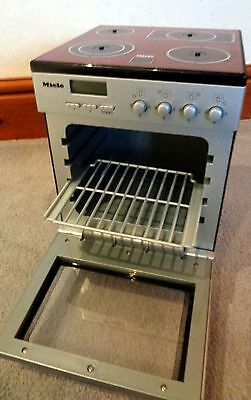 Realistic 18 inch doll or BJD Miele toy stove. Ideal for photography props.