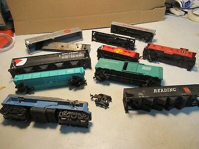 Ho ? Scale Train Cars Junkyard Lot Of 7 Cars 2 Caboose 1 Engine All With Issues