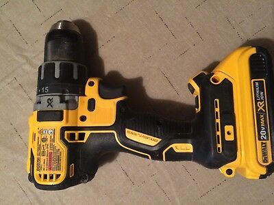 Good Condition Dewalt DCD791 20v cordless drill driver DC20battery no charger