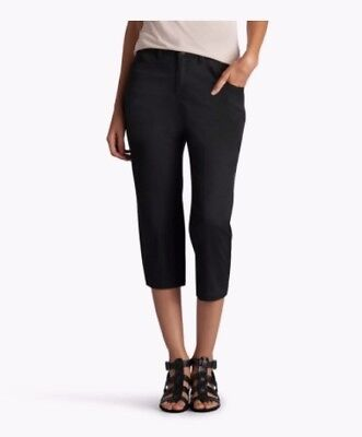 42578d61237 NWT  48 Women s LEE Brenna Relaxed Fit Skimmer Capri Crop Pants BLACK Size 4