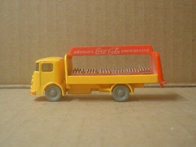 Coca Cola Plastic Bussing Delivery Truck with 11 Cases ~ Wiking ~ Germany