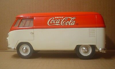 Coca-Cola Volkswagen ~ 1966 Combi Bus ~ Solido ~ 1:19 Scale Die Cast Metal Car