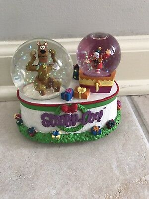Enesco Scooby-Doo Snow Globe Musical Wish You a Merry Christmas 2000