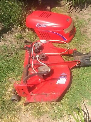 """38"""" Ride On Lawn Mower Cutting Deck And Bonnet Suit Simplicity"""