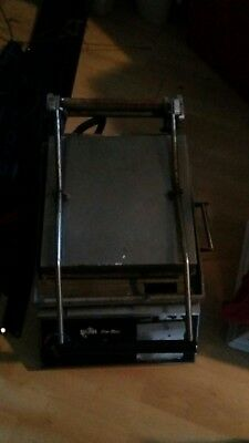 Star Pro-Max Smooth Two-Sided Panini Grill GR14T