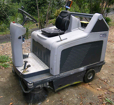 Nilfisk Sr 1300H Ride - On Sweeper