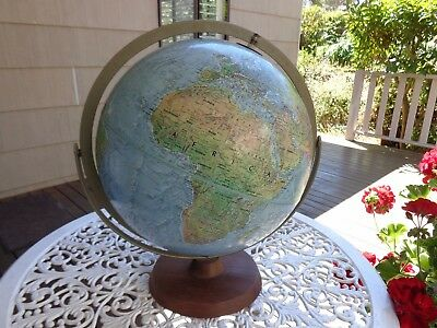 """Readers Digest Great  World Globe 12"""" Diameter Made In Usa. Very Good Cond."""