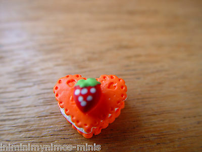 Doll House Scale Orange Or Pink Heart Cake !! Bid Now & Don't Miss Out ! Bargain