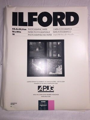 "Ilford Multigrade IV RC Deluxe B&W VC Paper (16 x 20"", Glossy, 10 Sheets)"