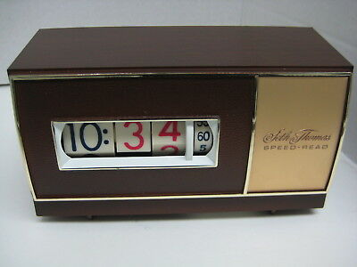 Vintage Seth Thomas Speed-Read Flip Clock  faux wood finish WORKS GREAT electric