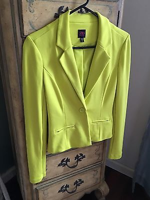 2b Bebe One Button Lime Green XS Fully Lined Blazer