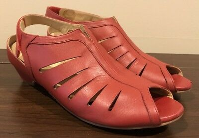 Ziera RED Leather Shoes Size 39, VGC