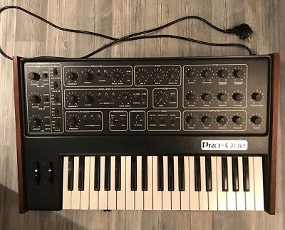 SEQUENTIAL CIRCUITS PRO-ONE Analog Synthesizer