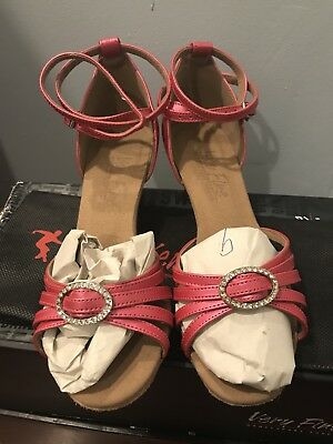 very fine dance shoes size 7