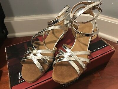 very fine dance shoes Size 6.5