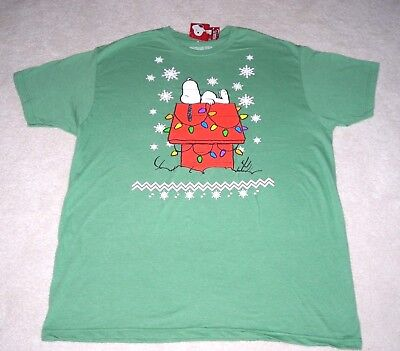 Nwt Snoopy On Christmas Doghouse Peanuts Mens Extra Large (Xl) T-Shirt Tee ~ New