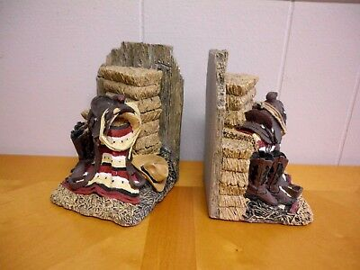 Cowboy Western Americana Book Ends Decor Red White Blue Blanket Hat Boots Saddle
