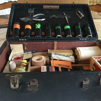 Antique Traveling Doctor's Kit with Original Medicines Portland OR Currins Drugs