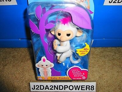 Fingerlings Interactive Toy Wowwee White Baby Monkey Sophie New_Us Seller