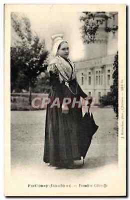 Parthenay CPA Fermiere Gatinelle (folklore costume)