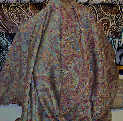 ETRO italian designer authentic jacquard pure wool fabric. Paisley. Double-faced