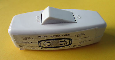 Pack Of 4 - In Line Switch 6A Rocker 3 Terminal Mains White 6 Amp