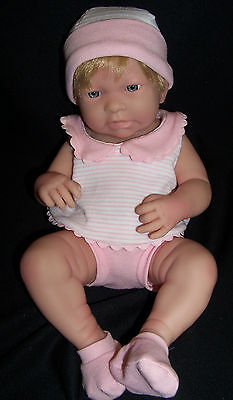 "La Newborn - Real Girl 17"" By Jc Toys"