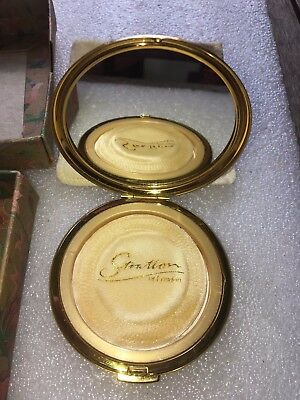 Stratton of London Compact Case, 7.7 cm Diameter Round in Gold Coloured in Box