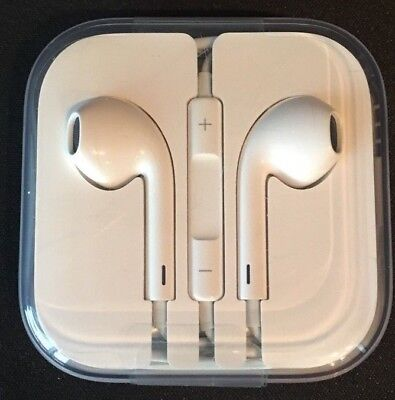 Brand New Genuine Original Apple Earphones with remote and microphone. MD827LL/A