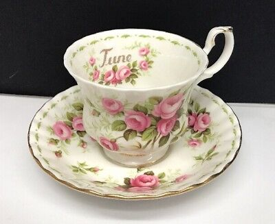 1970 Royal Albert 'Flower Of The Months' June Roses Tea Cup And Saucer #34441