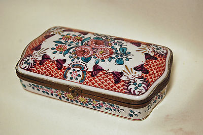 Antique French Hand-Painted Capodimonte Style Box Porcelain Dresser Trinket