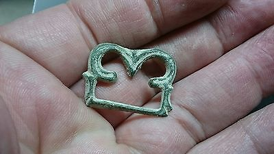 Very rare and Stunning Bronze Roman zoomorphic Owl buckle L182
