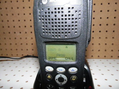 MOTOROLA XTS 2500 MODEL, RADIO w CHARGER  H46UCH9PW2BN 3