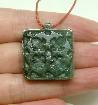 """Hand-Made Natural Green """"a"""" Jade  Dolphins Jumping Carving Pendant / Collectible"""