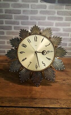 Metamec Starburst / Sunburst vintage retro 60s / 70s battery powered wall clock