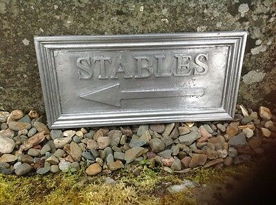 "SOLID LEAD EQUESTRIAN PLAQUE "" STABLES "" Arrow pointing Left + fitting screws"